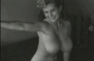 Elle l'invite à boire film français porno streaming un verre.