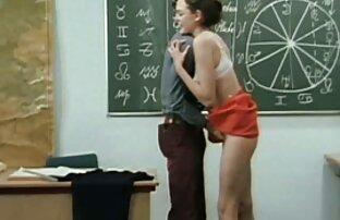 baise de regarder un film porno français groupe en plein air avec des poussins